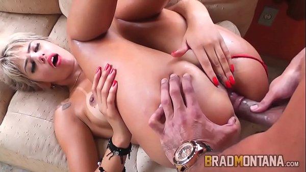 Porno famosas rabudas dando o cu