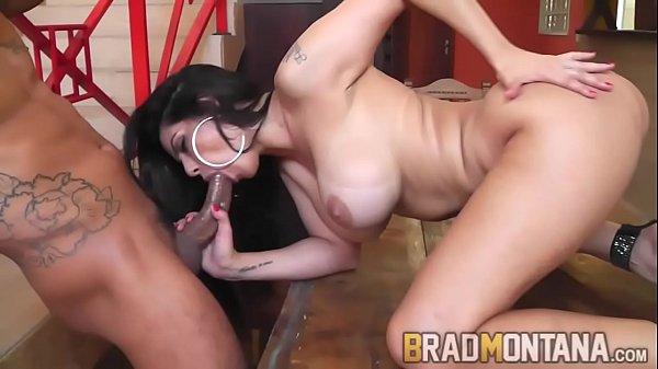 Sexo grátis anal brasileirinha famosa