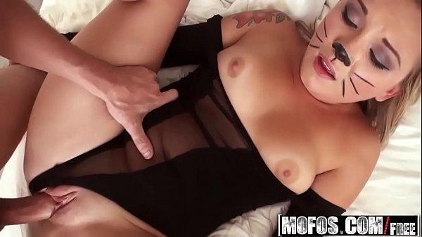 Samba porno com Addison Grey realiza fantasia do namorado safado