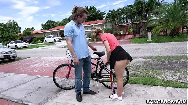 Videos prono boa foda com uma ciclista trepando desconhecido