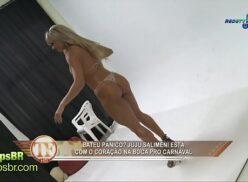 Nuas é famosas Juju Panicat e Fabiana Rodrigues