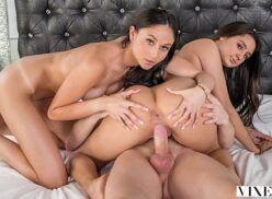 Sexo brasil porno com morenas nuas no anal a tres